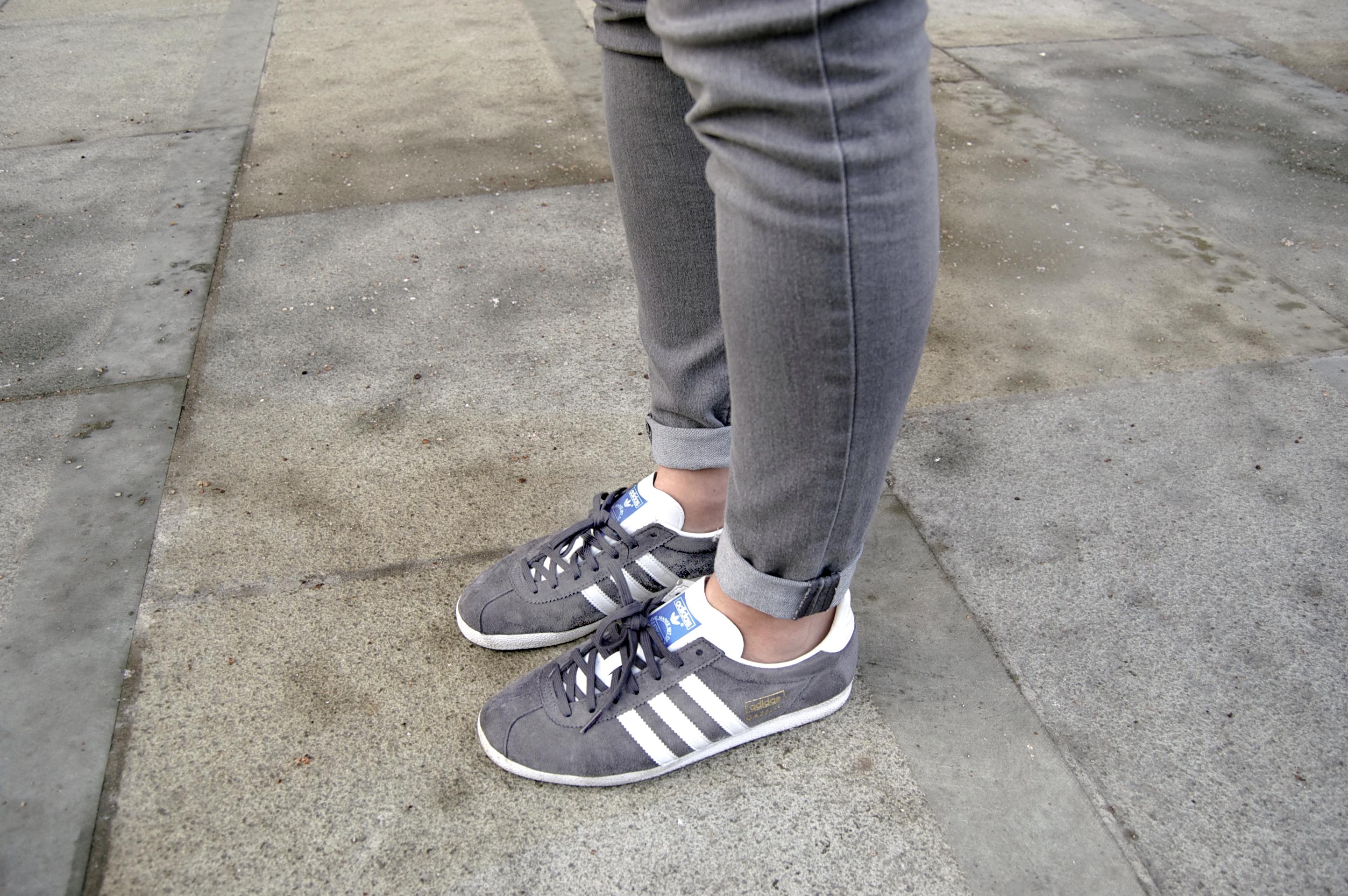 adidas gazelle grey blue